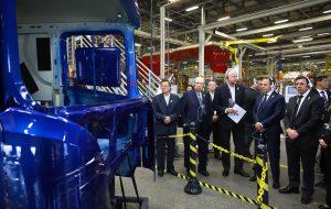 Governo participa de anúncio de R$ 1,4 bi em investimento da Scania