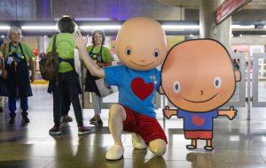 Estação Sé tem ação para alertar sobre câncer infantil