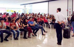 Feira do CIC encaminha 210 pessoas para entrevistas de emprego