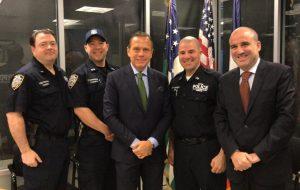 Podcast: Governador estreia com visita à sede da Polícia de Nova York