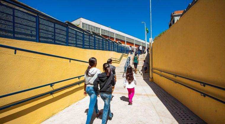 Secretaria da Educação nomeia 1,4 mil Agentes de Organização Escolar