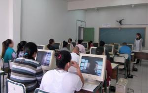 Presas de Tupi Paulista colam grau de curso técnico em Administração