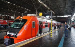 Governo de SP anuncia modernização da frota da Linha 10-Turquesa