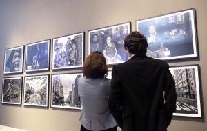 Palácio dos Bandeirantes sedia mostra fotográfica sobre a capital