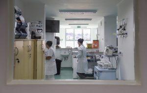 Óbitos por coronavírus triplicam em São Paulo em uma semana