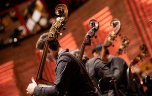 Carlinhos Brown e Orquestra Jazz Sinfônica repetem concerto do Festival de Inverno