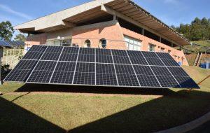 Para baixar custos, empreendedores investem em placas fotovoltaicas