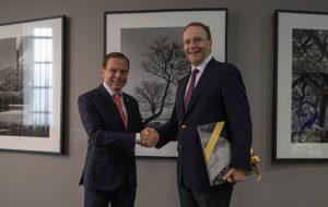 SP confirma investimento de R$ 1 bilhão da Nestlé e parceria para formar jovens