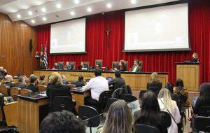 Arquivo Público e Tribunal de Contas lançam Guia da Transparência Municipal