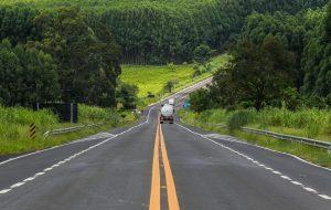 Governo de SP amplia apoio em rodovias durante o verão