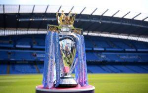 Museu do Futebol recebe Troféu da Premier League neste sábado