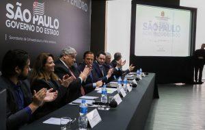 Governo de SP anuncia contrato da Sabesp para tratar esgoto de Guarulhos