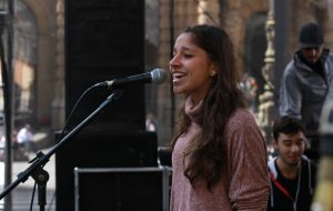 Aluna do Projeto Guri e da Emesp se destaca no cenário musical
