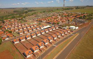 Habitação entrega 52 casas a moradores de Espírito Santo do Turvo