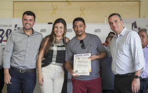 Cidade Legal entrega 166 títulos de propriedades na região de São José dos Campos