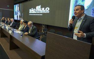 Governo assina ordens de serviço do Programa Cidade Legal para 239 municípios