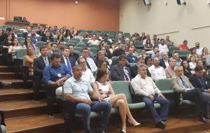 Univesp firma convênio com 32 municípios que implantaram polos em 2019