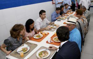 Governo de São Paulo entrega Bom Prato de Carapicuíba totalmente reformado