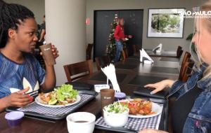 Restaurante do Palácio dos Bandeirantes deixa de usar 4 mil copos plásticos por dia