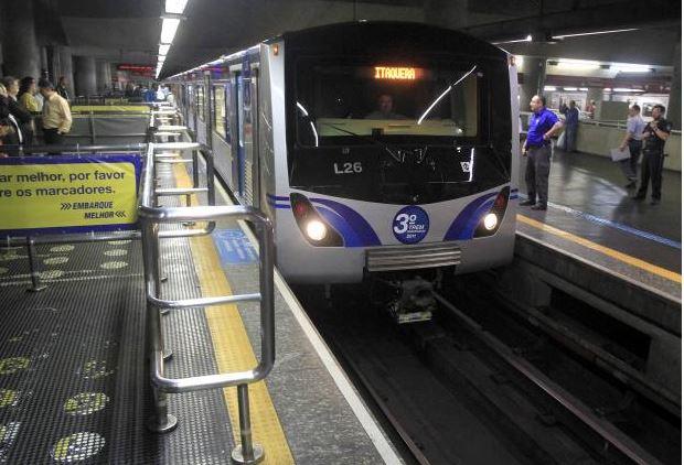 Metrô terá operação reforçada neste domingo (17) para prova do ENEM