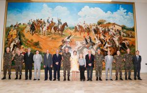 USP e Exército Brasileiro discutem possibilidades de parceria em pesquisas