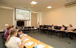 Esalq recebe visita de alunos de universidade dos Estados Unidos