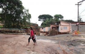 Governador em exercício vai a Botucatu e acompanha trabalhos após enchente