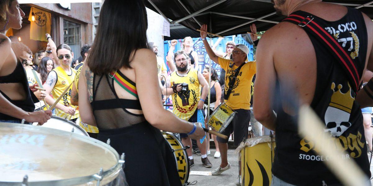 Governo de São Paulo lança campanha de combate a assédio no carnaval; PM e delegacias receberão denúncias