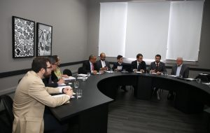 Governo de SP convoca empresas aéreas para intensificar campanha contra coronavírus