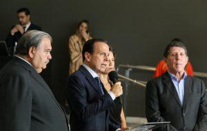 Governo de SP antecipa férias de 150 mil professores da rede estadual