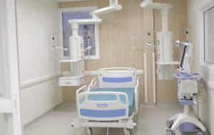 Governo de SP entrega novos leitos de UTI no Hospital das Clínicas da FMUSP