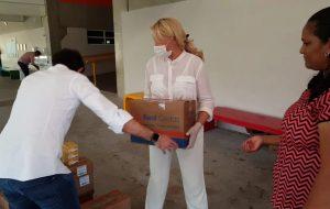 Fundo Social doa cestas básicas e sabonetes para famílias de Paraisópolis e Heliópolis