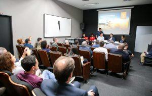 Governo de SP apresenta 'Rally de São Paulo' para prefeitos do Vale do Ribeira