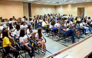 Unicamp: Meninas SuperCientistas incentiva o protagonismo feminino na ciência