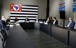 Governo de São Paulo e prefeituras debatem retomada gradual da economia