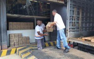Fundo Social doa água sanitária para higienização do hospital de campanha do Anhembi