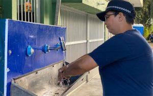 Sabesp e Prefeitura de Santo André instalam lavatório no Hospital Municipal