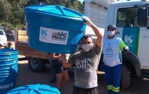 Sabesp beneficia 17,6 mil pessoas com doação de caixas d'água