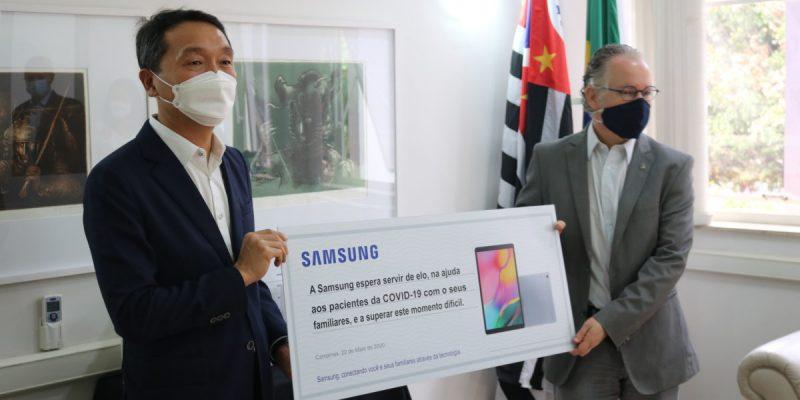 HC da Unicamp recebe doação de tablets para comunicação entre pacientes e familiares