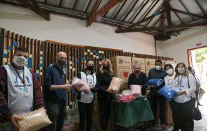 Fundo Social entrega cobertores novos para pessoas em situação de rua