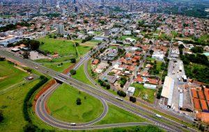 Secretaria da Habitação entrega 1,8 mil títulos de propriedade