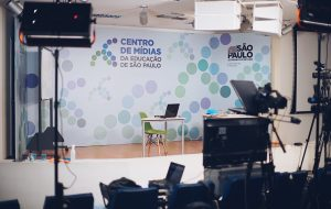 Centro de Mídias SP transmite formação de professores para enfrentamento da violência