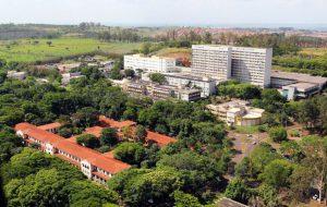 Professor da USP cria Clube de Leitura para universitários em Ribeirão Preto