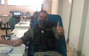 Agentes doam sangue no Hospital do Servidor Público Estadual