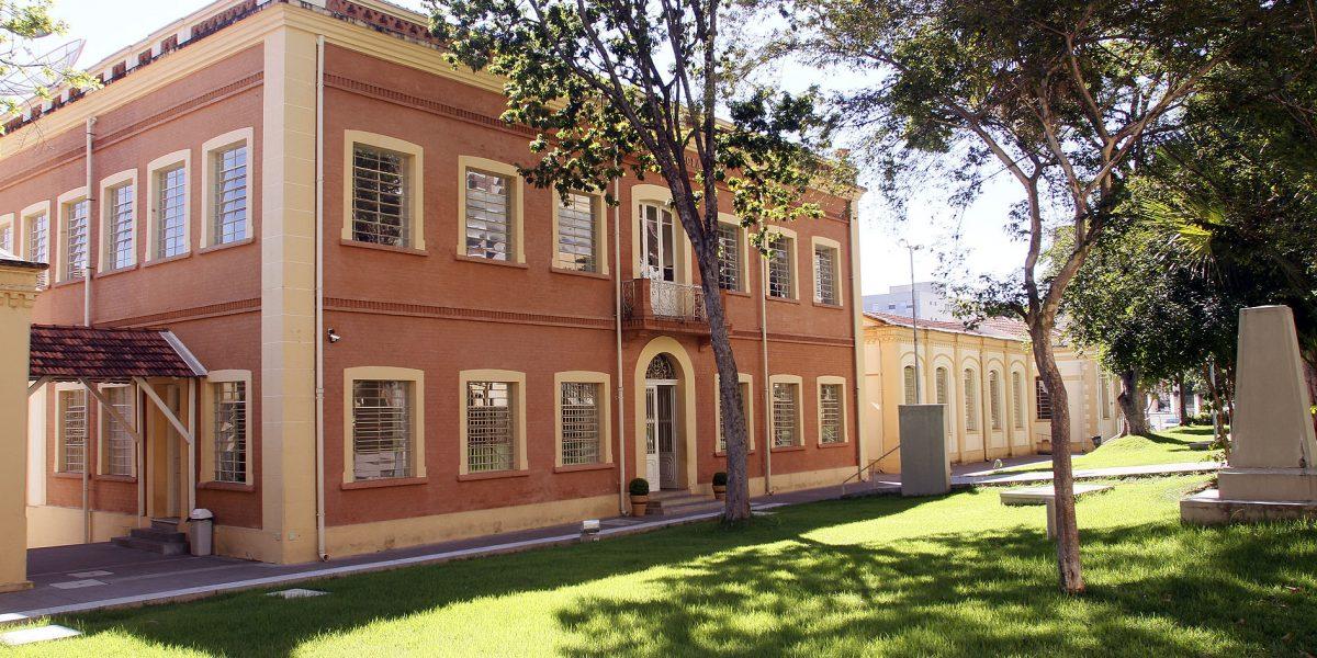 Governo de SP anuncia investimento de R$ 700 milhões para o Programa Dinheiro Direto na Escola