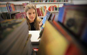 Dia Nacional do Livro Infantil: escolas mantêm crianças interessadas na leitura