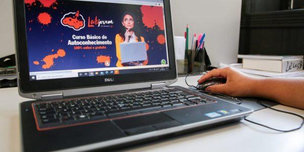 Com apoio do Estado, curso 'LabJovem' é 100% online e gratuito
