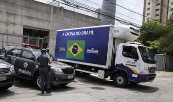 Distribuição de vacinas para o interior de São Paulo