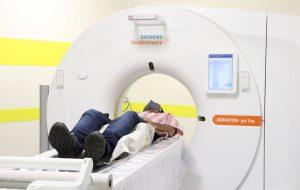 Hospital de Prudente inicia a realização de exames com novo tomógrafo