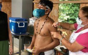 População indígena de aldeia em Itanhém é vacinada contra a Covid-19